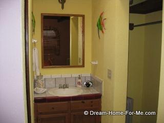 Las Chachalas 22 master bath, Las Gaviotas, Rosarito Beach