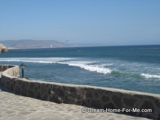 Las Gaviotas Walkway View of Pacif Ocean, Las Gaviotas